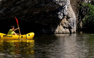Descendre la Lesse en kayak