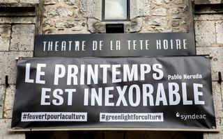"""""""Le Printemps est Inexorable"""" : Les acteurs culturels militent pour une réouverture !"""
