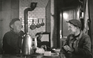 A la table des gardiens de phare en vidéo