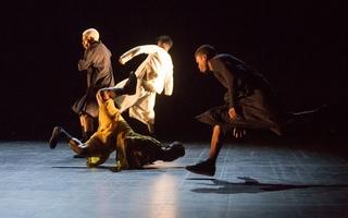 Charleroi se trémousse durant sa Biennale de danse !