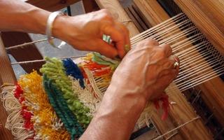 Atelier tissage La Mémoire à l'œuvre