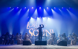 Lords of the sound : Music is coming