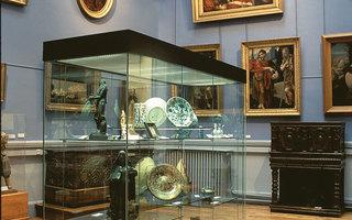 Visite du Musée d'art et d'archéologie du périgord