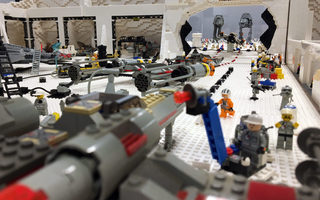 Exposition 100 % LEGO®  STAR WARS
