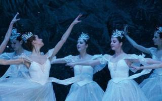 CASSE-NOISETTE / Ballet impérial russe